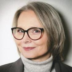 Monika Sundermann ist Dolmetscherin für individuelle Körpersprache